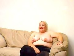 Bbw with huge boobs gets poked bbw porn