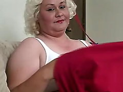 Breasty plump mummy blows hard dick bbw porn
