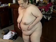 Chubby mature whore fucks on floor bbw porn