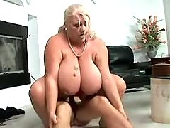 Chubby mature with giant melons gets facial bbw porn