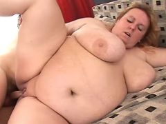 Obese woman fuck by man in bedroom bbw porn