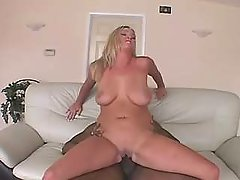 Horny BBW vixen gets nailed heavily bbw porn