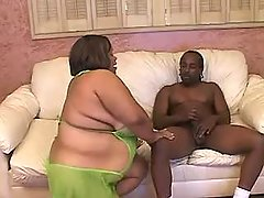 This fatty knows how to handle cock bbw porn