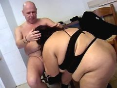 Enormous whore sucks cock of man bbw porn